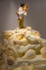 1393349_beach_wedding_cake
